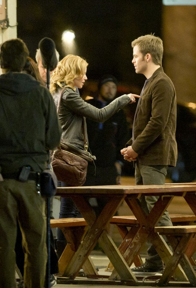 Chris Pine and Elizabeth Banks film scenes for 'Welcome to People'.