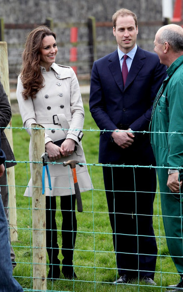 prince william nz kate middleton jewelry. Prince William and Kate