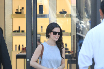 Rachel Bilson Rachel Bilson Leaves Chanel in Beverly Hills