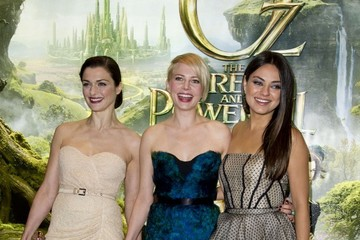 Rachel Weisz Celebs Arrive at the 'Oz' Premiere
