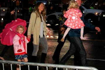 Rebecca Gayheart Eric Dane Out with His Family