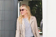 Reese Witherspoon Runs Errands in Style