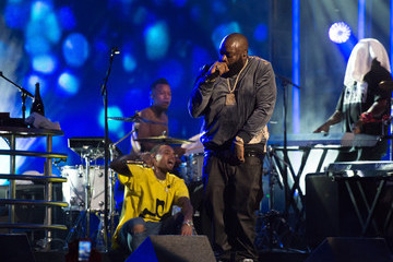 Rick Ross Rick Ross and Chris Brown perform on 'Jimmy Kimmel Live'