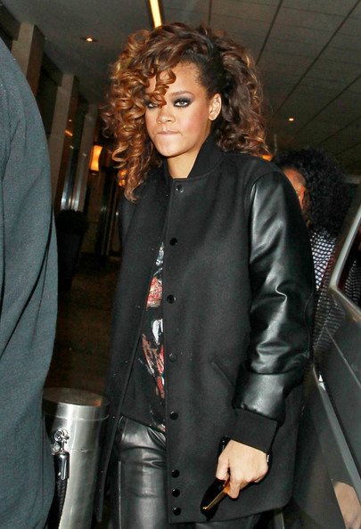 Rihanna - Rihanna Leaving the Whiskey Mist Nightclub