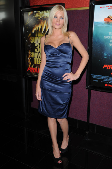 Riley steele los angeles premiere of piranha 3d mann s chinese 6