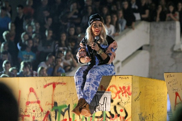 Rita Ora - Rita Ora Photos - Rita Ora Films a Music Video in ...