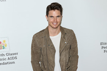 Robbie Amell Elizabeth Glaser Pediatric AIDS Foundation 26th Annual 'A Time For Heroes Family Festival'