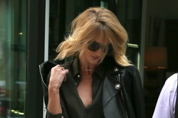 Rosie Huntington-Whiteley Rosie Huntington-Whiteley Spotted in NYC
