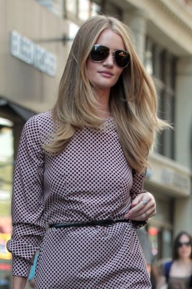 Rosie Huntington-Whiteley Out in NYC 3