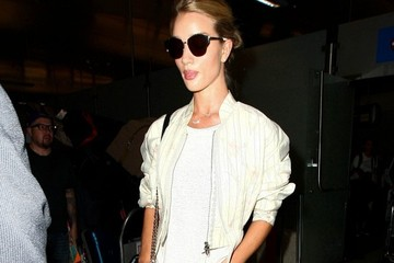 Rosie Huntington-Whiteley Rosie Huntington-Whiteley Arrives at LAX
