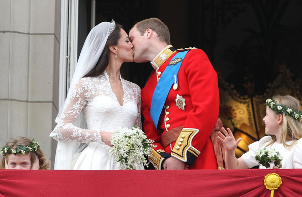 Royal Wedding Kiss.Royal Wedding The Kiss Zimbio