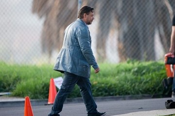 Russell Crowe Russell Crowe Spotted on Set