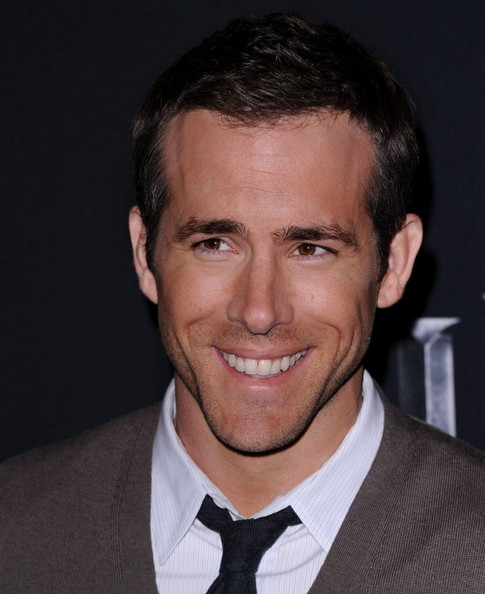 ryan reynolds body 2011. In This Photo: Ryan Reynolds