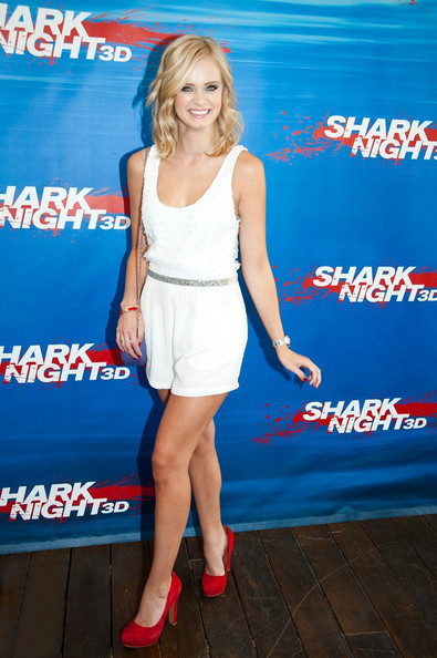 Sara Paxton In Sara Paxton At The Shark Night 3d Pool