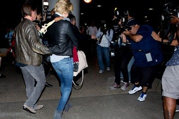 Sean Penn Charlize Theron and Sean Penn Land at LAX — Part 2