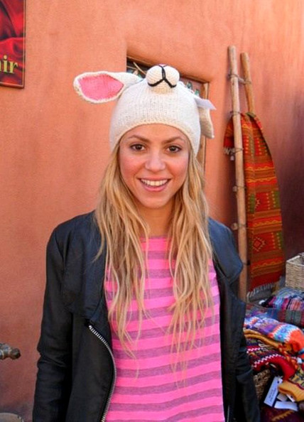 Shakira Picture shows a Twit Pic (Twitter Picture) of Colombian singer Shakira.