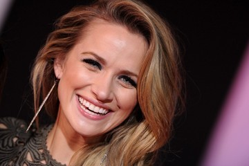 Shantel VanSanten 'Need for Speed' Premieres in Hollywood