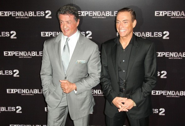 ¿Cuánto mide Sylvester Stallone? - Real height Sylvester+Stallone+Jean+Claude+Van+Damme+Expendables+UcbrRoM33Pql