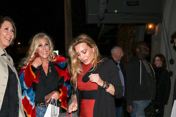 Taylor Dayne Taylor Dayne At Craig's Restaurant In West Hollywood