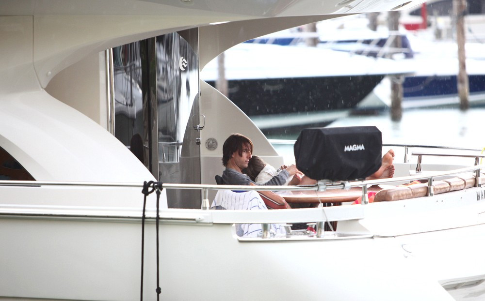 Tom Cruise In Tom Cruise And Family On A Boat Trip 4 Of 12