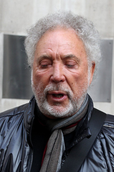 celebrities-at-the-bbc-studios-in-this-photo-tom-jones-for-usa-s