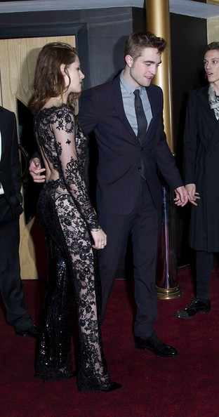 14/11/2012. 'The Twilight Saga Breaking Dawn Part 2' UK Premiere at The Odeon Leicester Square.Pictured: Kristen Stewart and Robert Pattinson.