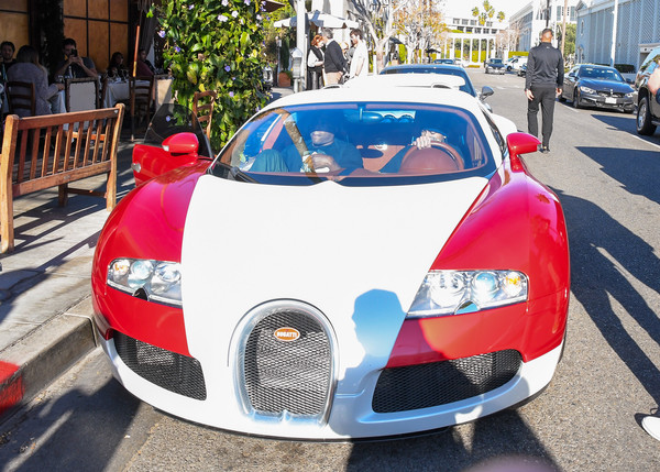 Tyga Can Apparently Afford A Bugatti