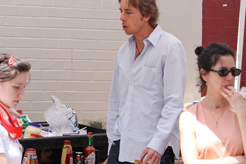 """Dax Shepard """"When in Rome"""" continues filming"""