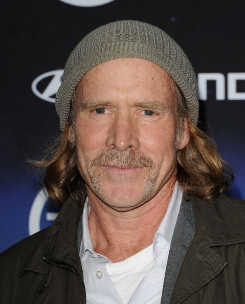 The 62-year old son of father  Bill Patton and mother(?), 179 cm tall Will Patton in 2017 photo