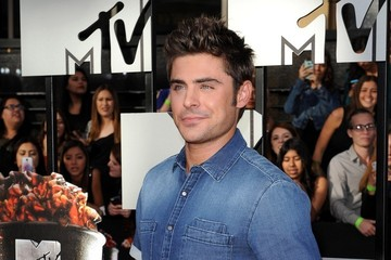 Zac Efron Arrivals at the MTV Movie Awards
