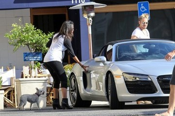 Zoe Saldana Zoe Saldana and Marco Perego Go Out to Lunch