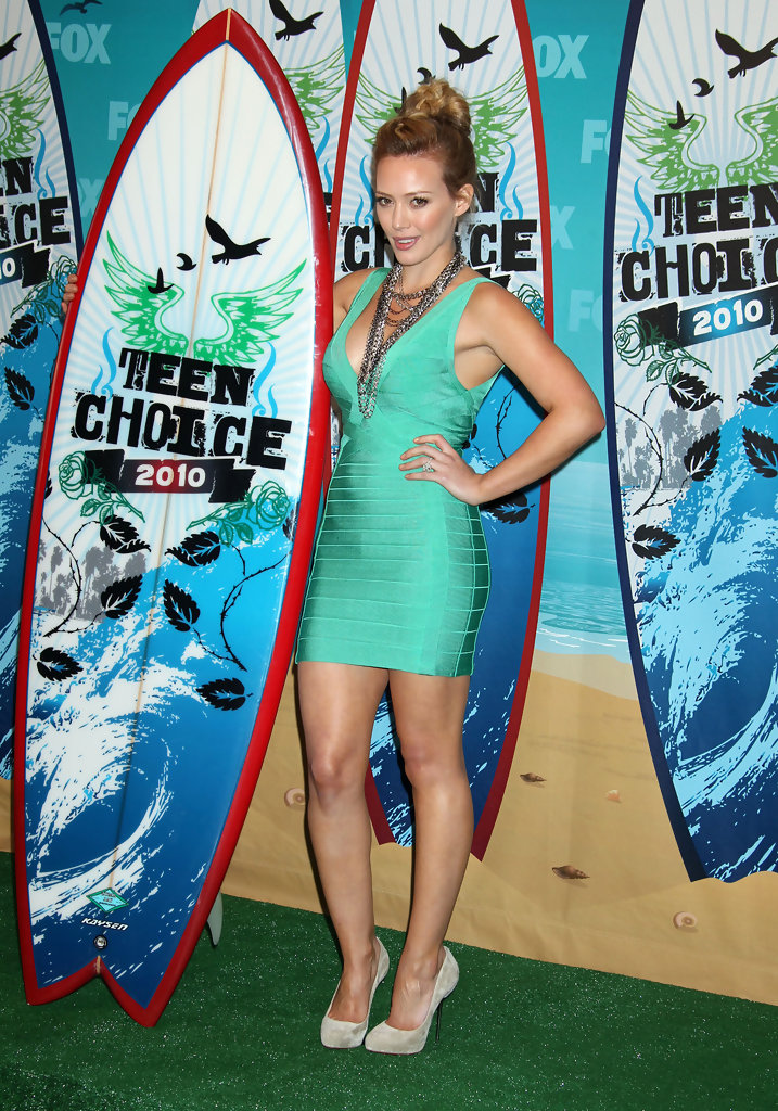 Hilary Duff in 2010 Teen Choice Awards - Press Room - Zimbio