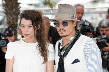 """Johnny Depp Astrid Berges Frisbey 64th Annual Cannes Film Festival - """"Pirates Of The Caribbean: On Stranger Tides"""" Photo Call 3"""