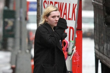Abigail Breslin Abigail Breslin Leaves a Gym in NYC