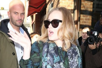 Adele Adele Greets Her Fans in NYC