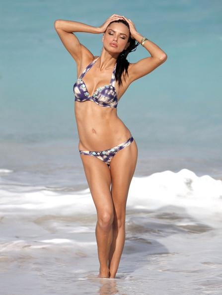 Adriana lima model adriana lima hits the beach and shows off her sexy