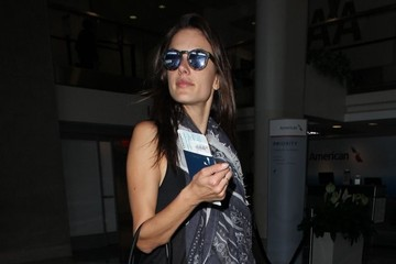 Alessandra Ambrosio Alessandra Ambrosio Departs on a Flight