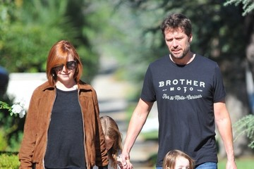 Alexis Denisof Alyson Hannigan and Her Family Go out Together