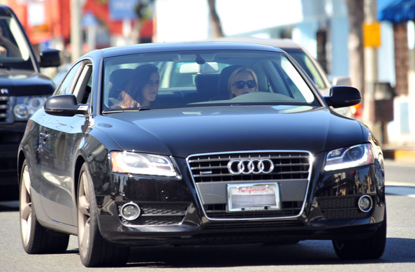 Ali Lohan - Lindsay Lohan Out For A Drive In Santa Monica