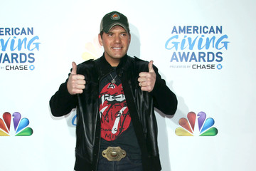Rodney Atkins American Giving Awards 2011