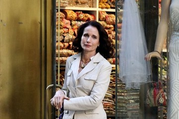 Andie MacDowell On The Set Of 'Model Woman' In NYC