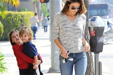 Anja Ambrosio Mazur Alessandra Ambrosio Takes Her Kids Out For Lunch