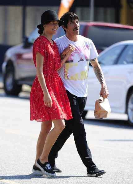 Anthony Kiedis - Anthony Kiedis Is All Smiles After Lunch