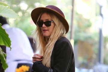 Ashlee Simpson Ashlee Simpson and Evan Ross Get Lunch