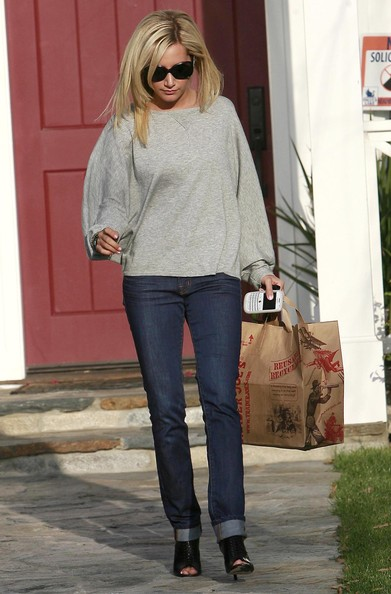 Ashley Tisdale Actress Ashley Tisdale seen leaving Haylie Duff's and her mothers house in Toluca Lake, CA.