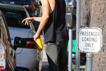 Austin Butler Vanessa Hudgens and Austin Butler Leave a Gym in Studio City