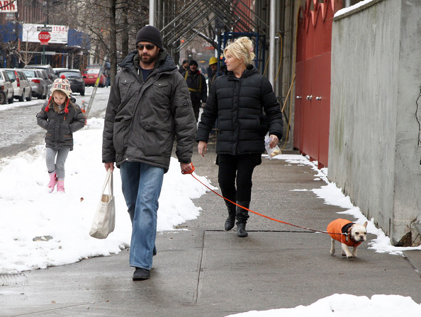 Hugh Jackman And Family Walking Home In New York (Ava Jackman)