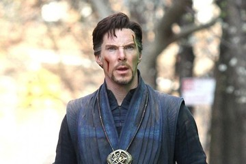 Benedict Cumberbatch Benedict Cumberbatch and Chiwetel Ejiofor Film 'Doctor Strange' in NYC