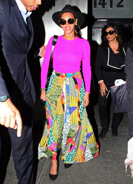 Beyonce tout en couleur (29/03) Beyonce+Brightens+Up+New+York+15zkQKYosVyl