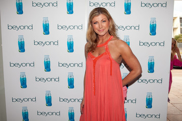 Jennifer Hanson Beyond Launch At Sandbar In Melbourne